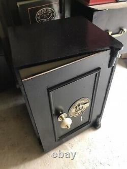 Antique Vintage Unusual Rare Whitfield Set Of Keys Can Deliver