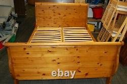 Beautifully Made And Very Rare Pine Ducal 4' 6 Double Sleigh Bed Can Deliver
