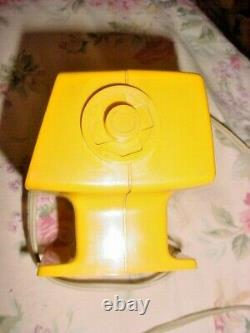 RARE Yellow Vintage Copal Flip Clock Model 231L Working Can't set time AS IS
