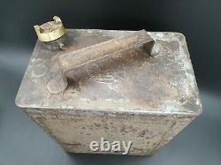 Vintage Crown Motor Spirit Rare 2 Gallon Petrol Can Automobilia Collectable Oil